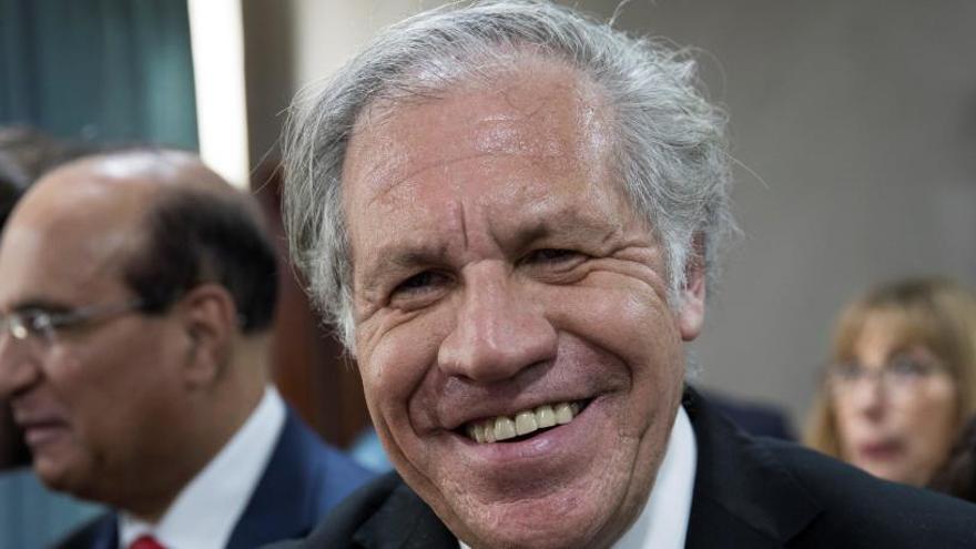 Luis Almagro, reelegido como secretario general de la OEA