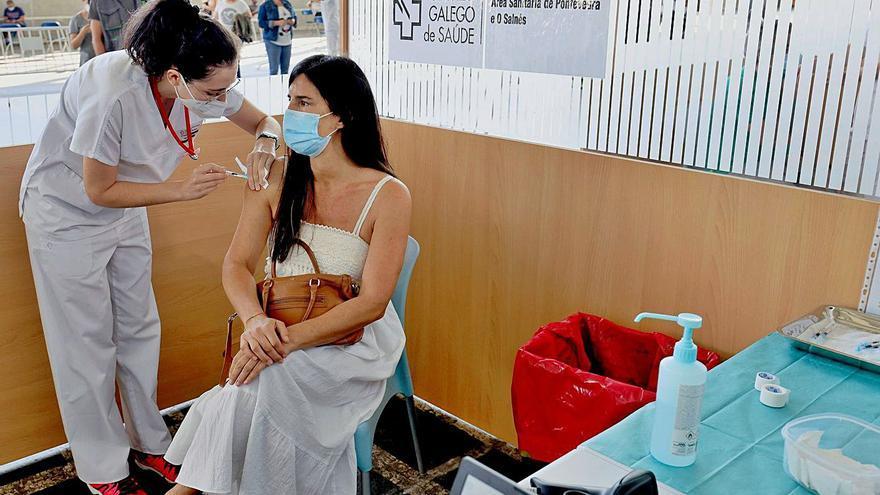 Universitarios gallegos que estudian en otras comunidades urgen ser vacunados