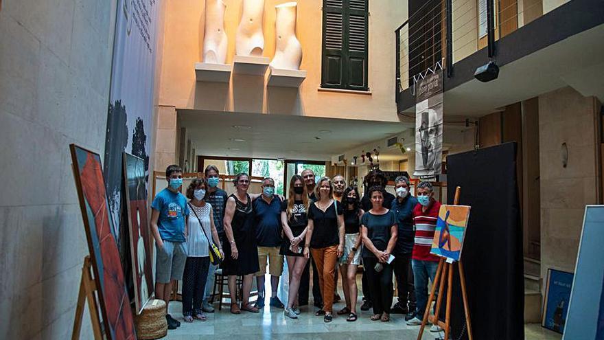 La familia de Pere Pavía cede a la OCB el conjunto escultórico 'Les tres gràcies'