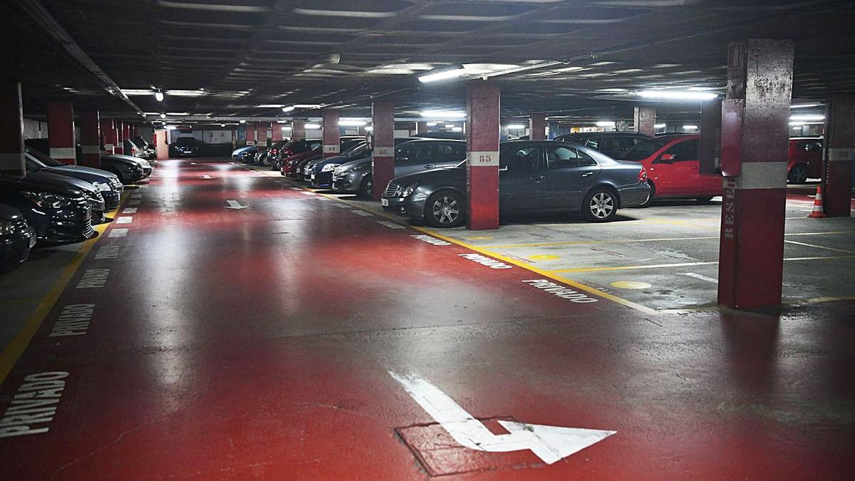 Interior del aparcamiento de la plaza de María Pita.