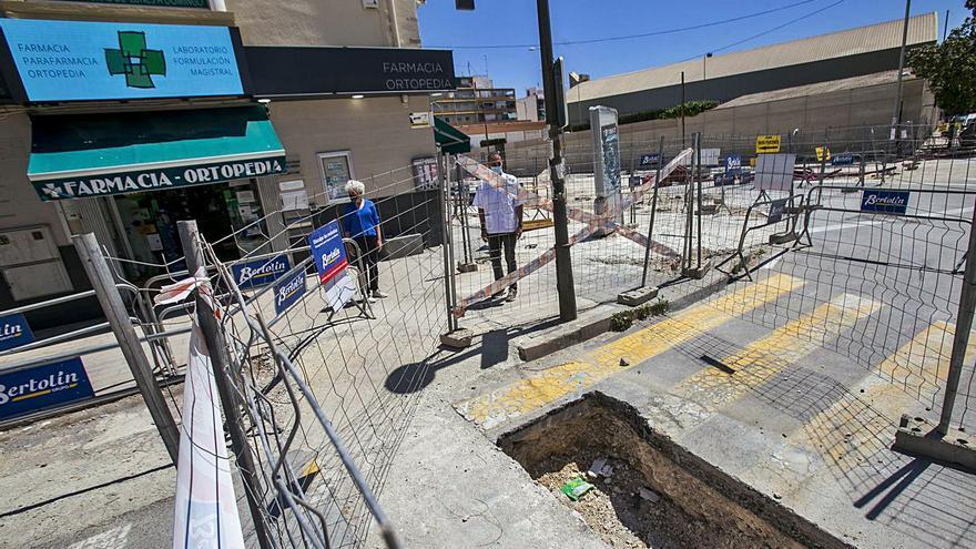El comercio de Padre Esplá pierde el 30% del negocio por la reforma de la avenida