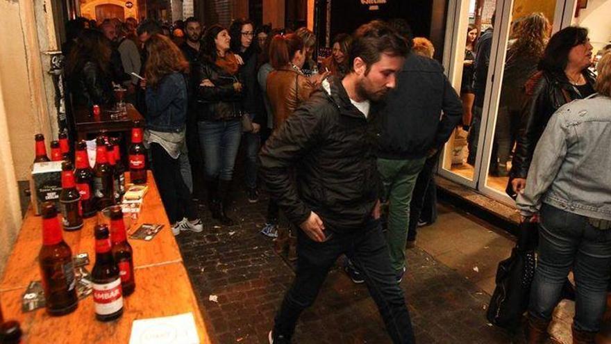 El Supremo devuelve al TSJ la decisión sobre consumir alcohol en las tascas