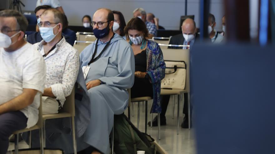 Destacan la cohesión social y la imbatibilidad de la religiosidad popular en Andalucía