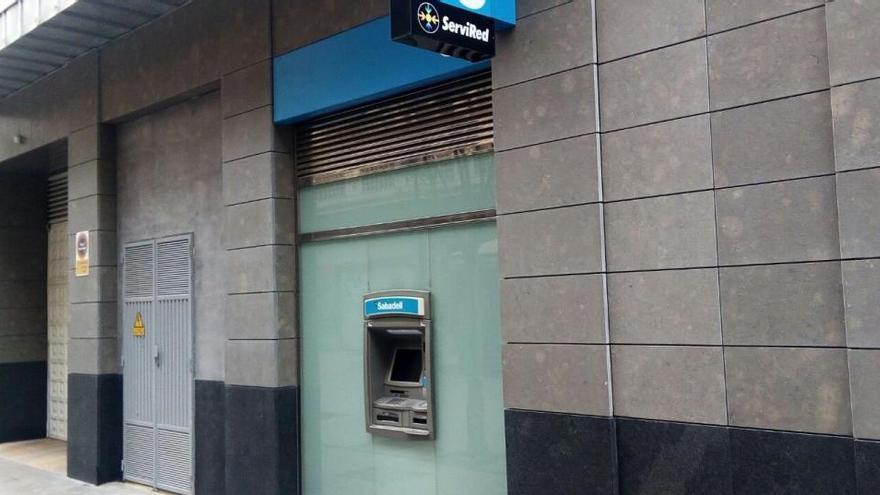 ¿Se puede ir al banco durante el estado de alarma?