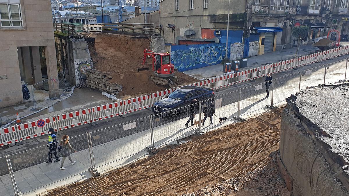 Vista del tramo alto de Alfonso XIII que vuelve a cerrarse al tráfico.