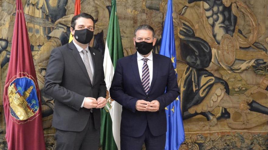 Los ayuntamientos de Córdoba y Linares establecen acuerdos de colaboración