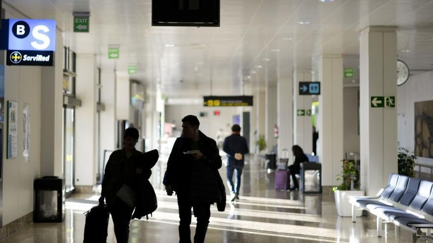 El aeropuerto de Asturias perdió en 2020 casi un millón de pasajeros por la pandemia