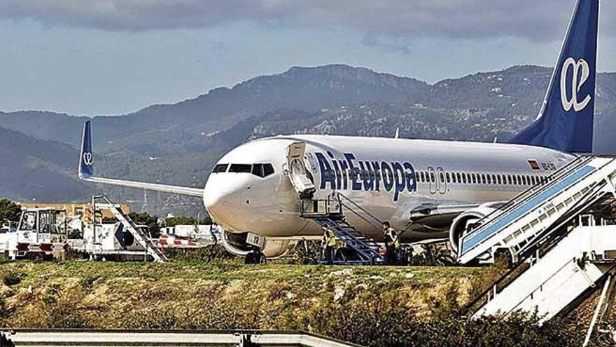 Las agencias de viajes temen que Iberia eleve las tarifas  y reduzca las frecuencias