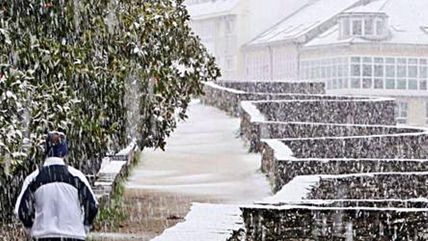 El primer temporal de frío ártico deja 300 incidencias, más de la mitad por la nieve