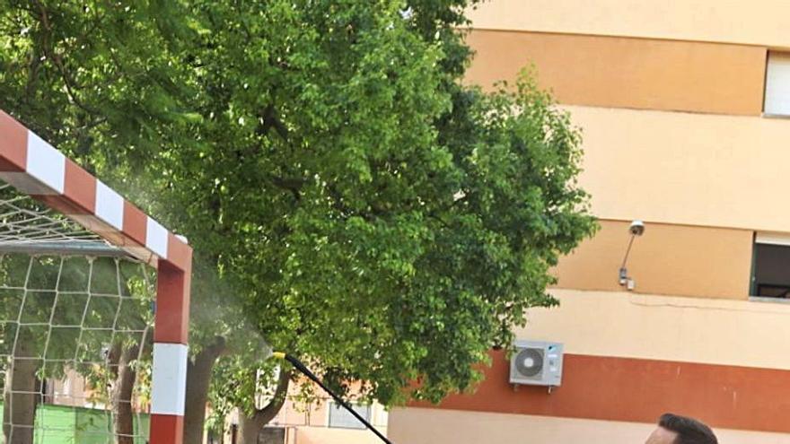 Un positivo obliga a cerrar en Alzira   la primera planta del ayuntamiento
