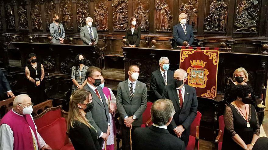 El primer teniente de alcaldesa realiza la ofrenda del Reino de Galicia en Lugo