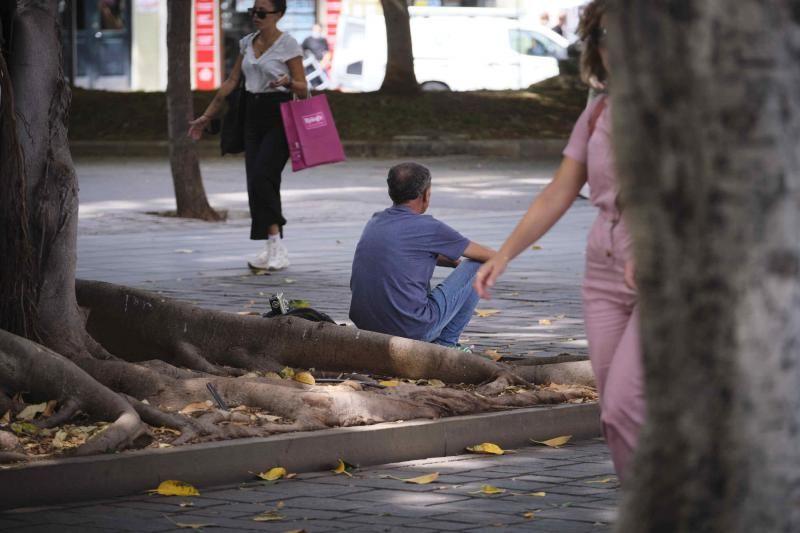 Plaza del Mercado sin bancos