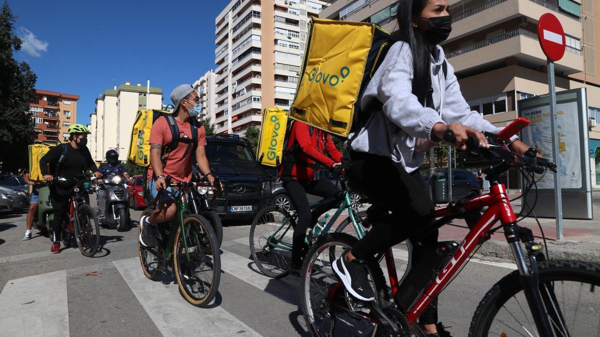 Los repartidores malagueños salen a las calles en contra de la Ley Rider
