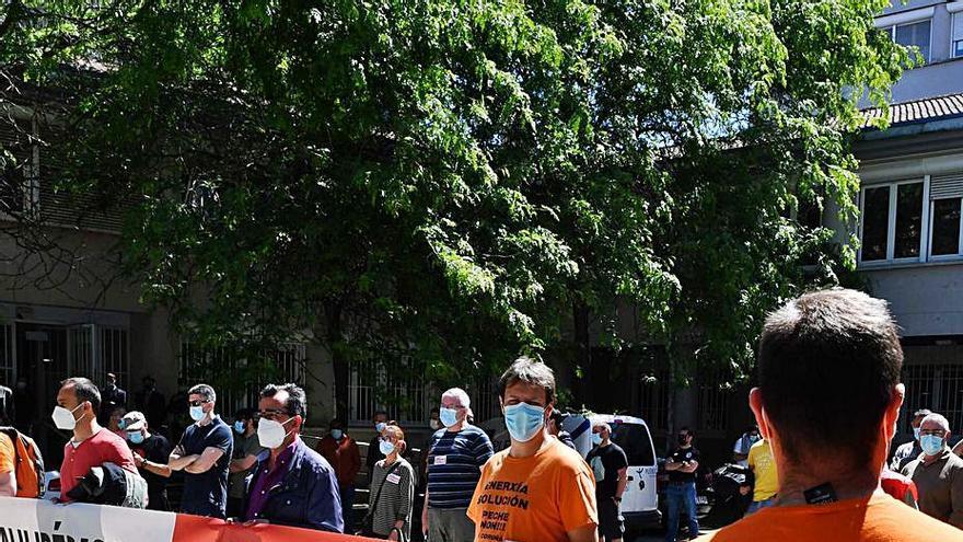 """Trabajadores de Alu Ibérica reciben """"nóminas por cero euros"""" y urgen mayor control judicial"""