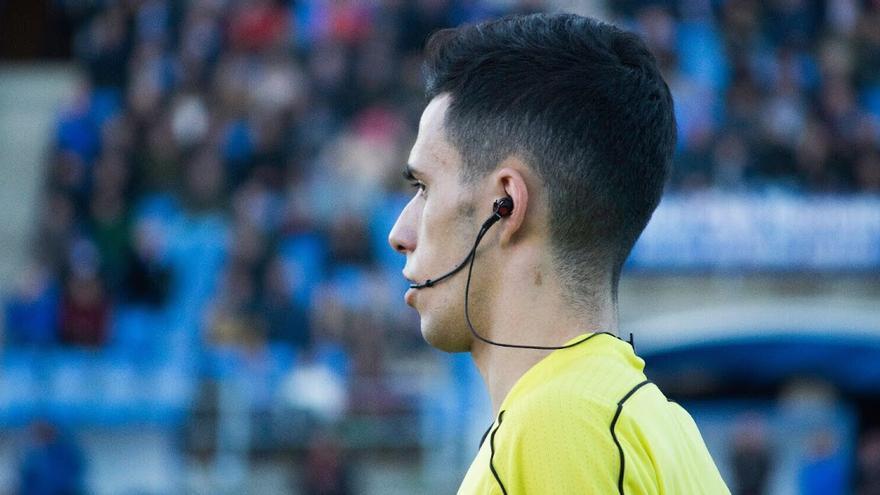 Muñoz García, árbitro del partido entre el Córdoba CF y el Antequera