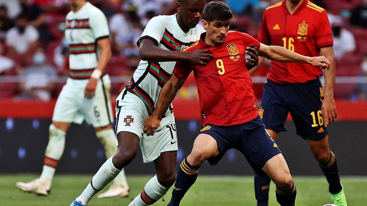 Gerard Moreno, Villarreal forward, remains in the bedroom.     EFE