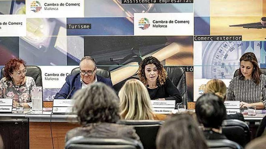 Adhesión institucional de Balears a la iniciativa #DóndeEstánEllas