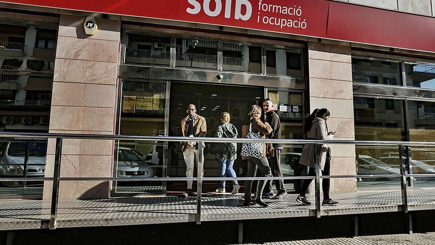 El Govern prevé que el empleo balear dejará en junio los 'números rojos'