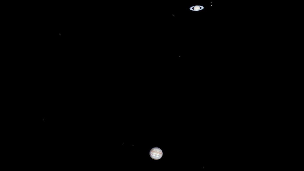 Momento del máximo acercamiento entre Júpiter (abajo) y Saturno (arriba).