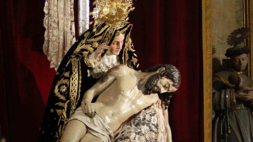 La rival de Isabel García en las elecciones de Nuestra Madre de las Angustias se retira