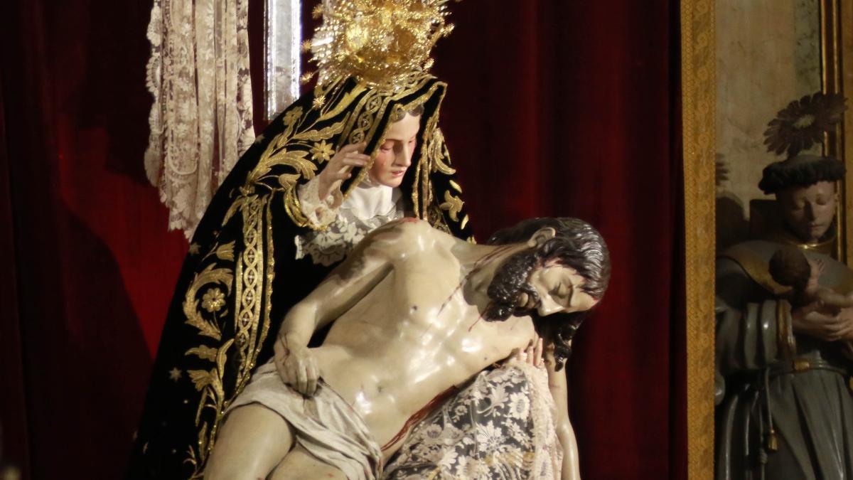 Nuestra Madre de las Angustias.
