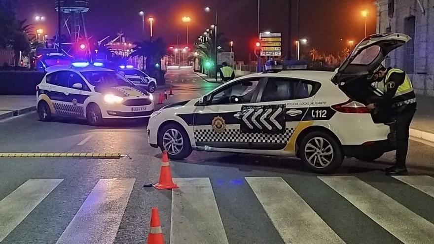 Dos botellones, seis fiestas y cuatro establecimientos sancionados en la última noche en Alicante