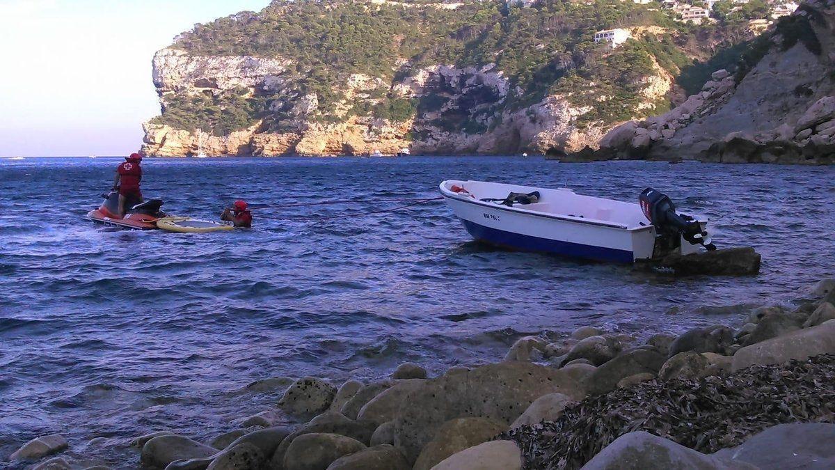 Interceptados 27 inmigrantes en dos pateras en la costa de Alicante