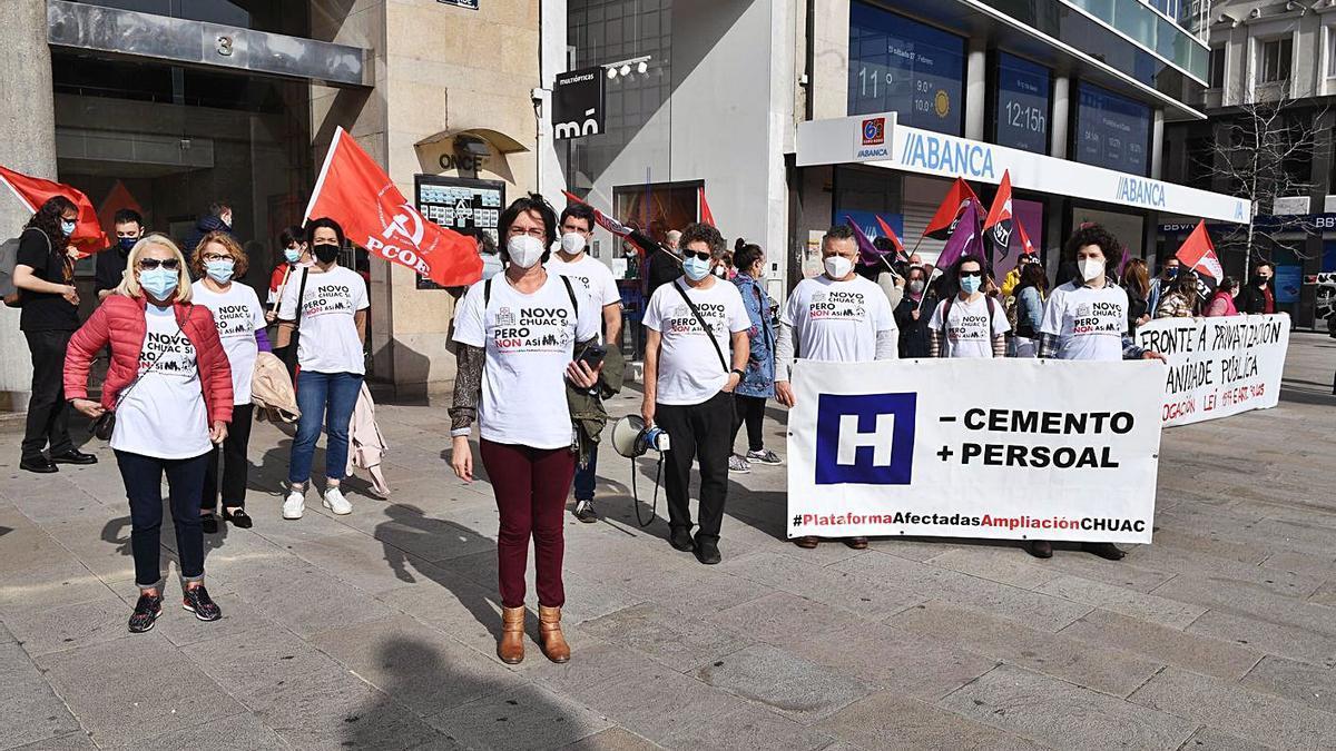 Protestas por la sanidad y contra la ampliación del Chuac | CARLOS PARDELLAS