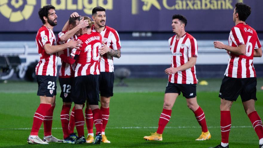 El Athletic aplasta al Cádiz como una apisonadora