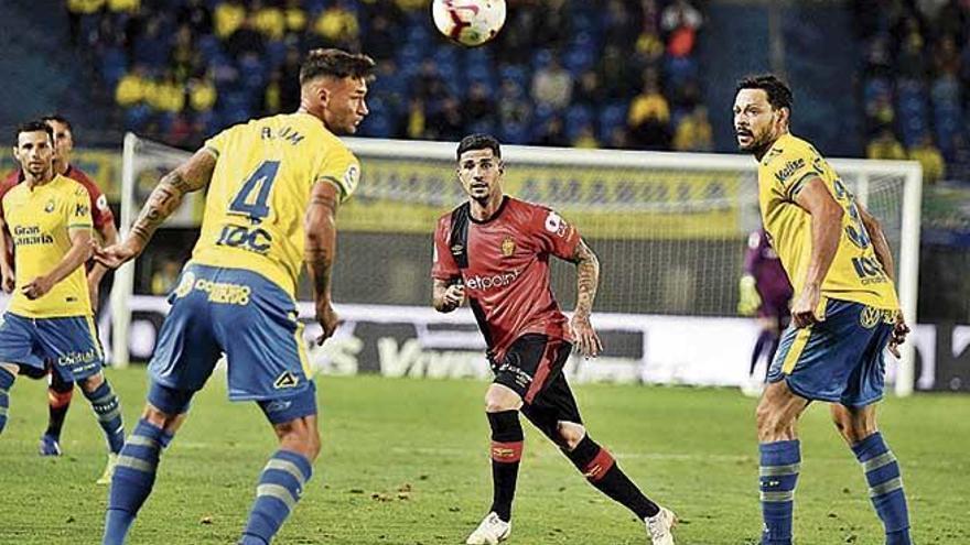 Aridai Cabrera apunta a Las Palmas