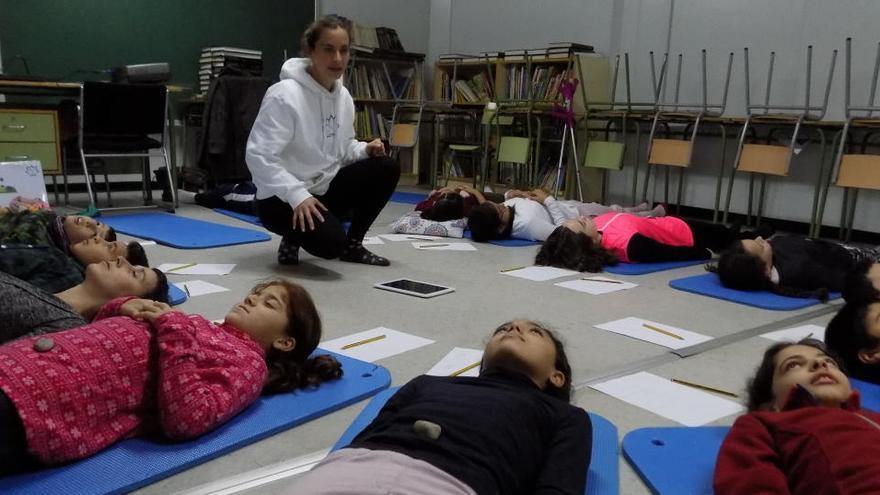 El projecte Lotus de gestió de les emocions per a infants i joves, es pot seguir a casa