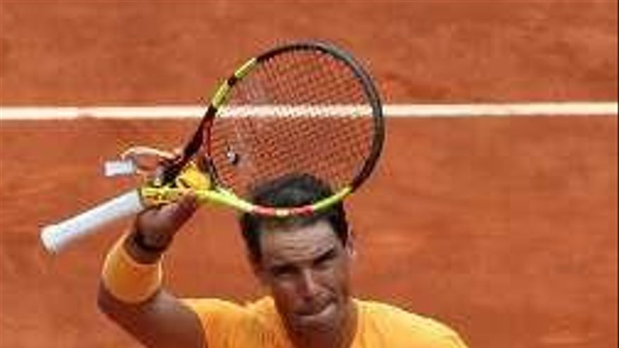 Nadal supera a Gael Monfils y Djokovic cae ante Kyle Edmund