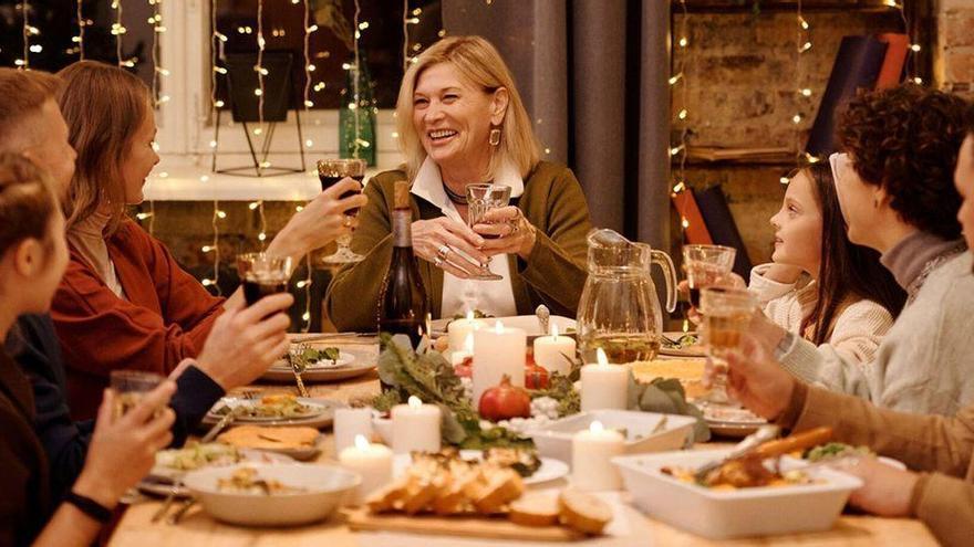 Navidades en familia: así podemos reducir el riesgo de contagio al celebrar las fiestas