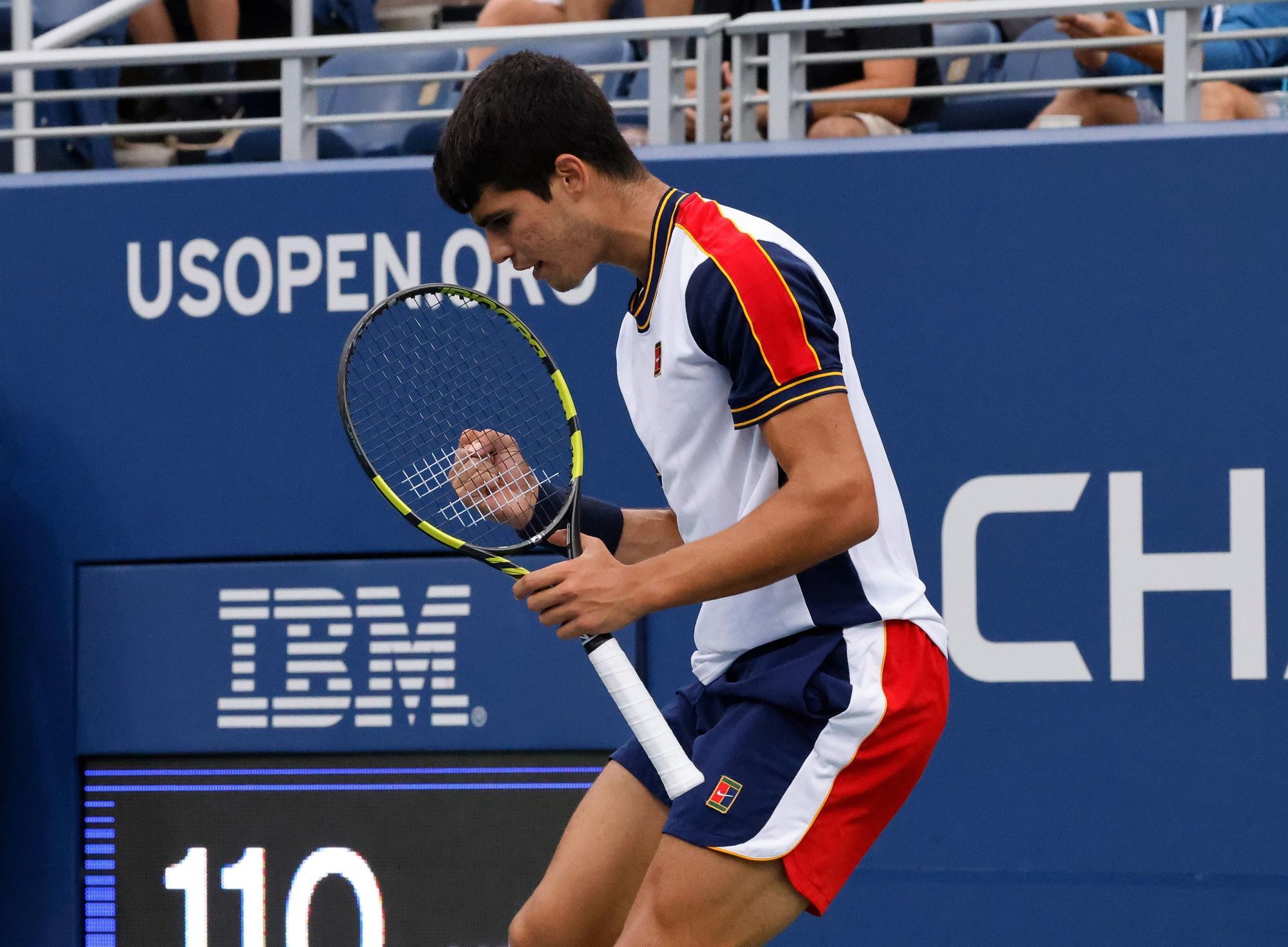 Carlos Alcaraz pasa a cuartos en el US Open