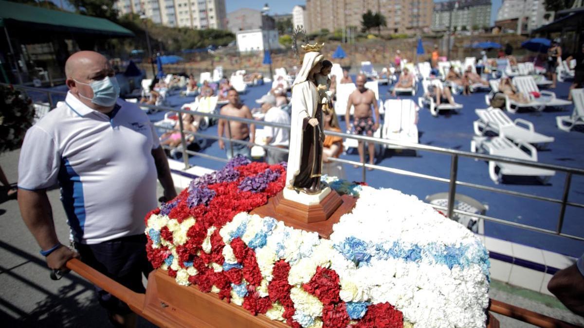 Procesión del Carmen en A Coruña. // EFE