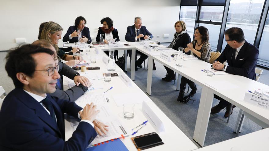 El director del Niemeyer llegó cinco años antes al salario pactado por el patronato para 2022