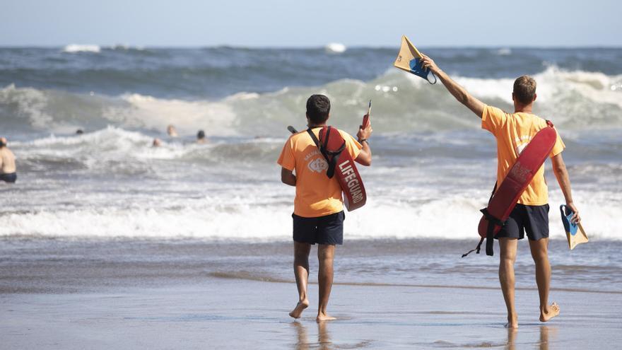 El tripartito sopesa instalar cámaras en las playas este verano para controlar la afluencia