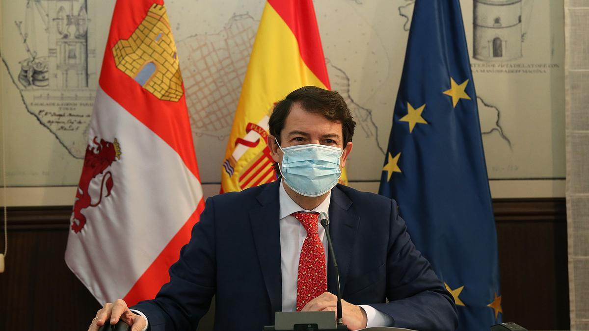 Fernández Mañueco, durante una comparecencia.