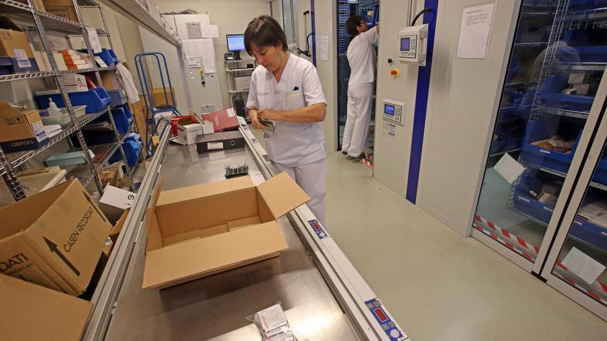 La desaceleración del COVID rebaja la factura en fármacos y material tras seis años