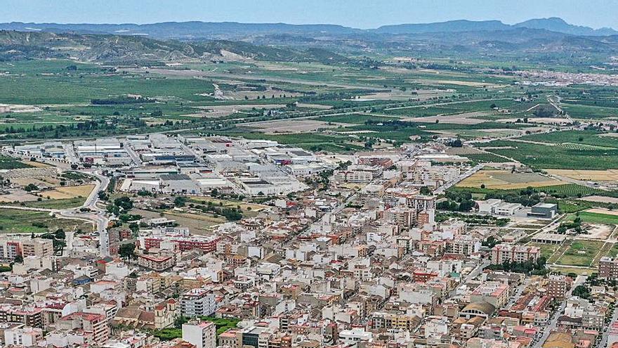 Almoradí invierte 12 millones en obras hidráulicas y viales dañados por la DANA