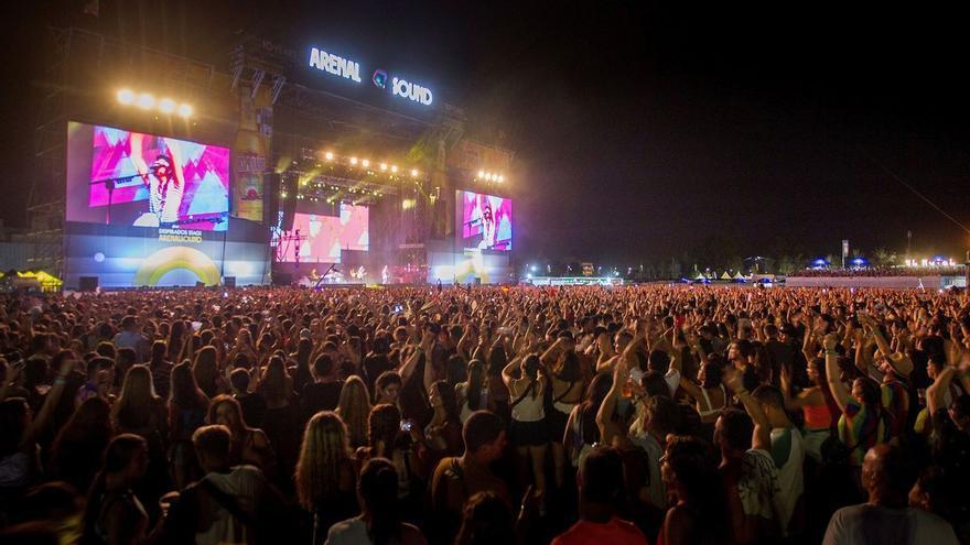 La Generalitat permitirá beber y bailar al mismo tiempo solo en los festivales que pidan el pasaporte covid