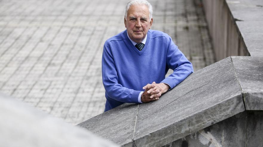 Fallece Frank Menéndez, histórico fundador de la Alianza Francesa de Oviedo