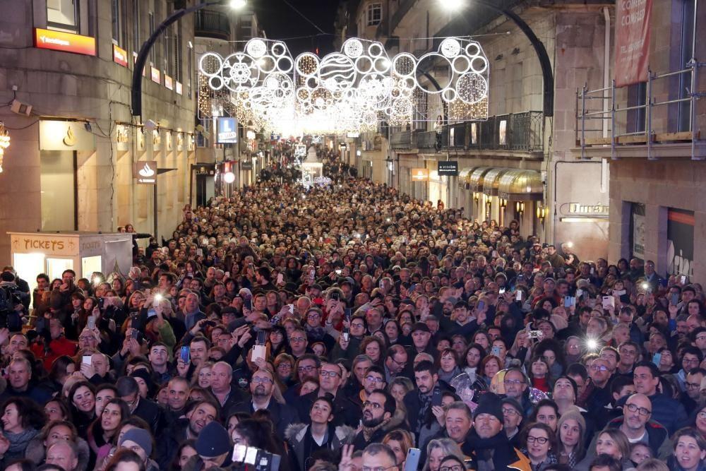 El apagado del alumbrado de la Navidad de Vigo, en imágenes. // José Lores