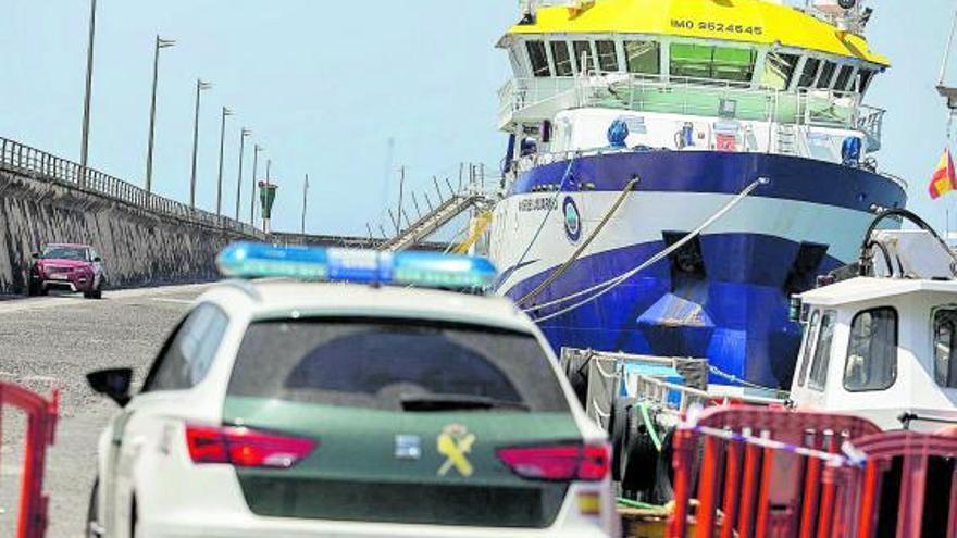 El buque 'Ángeles Alvariño' apura la   búsqueda con un cambio de ubicación