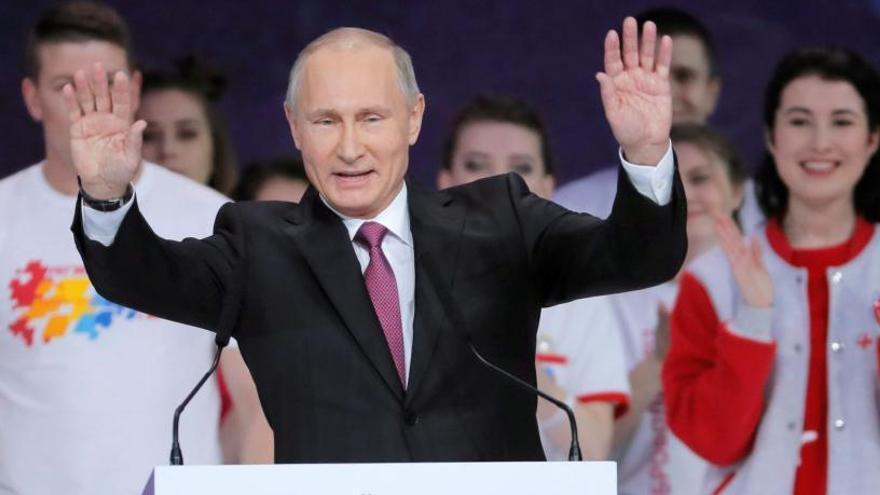 Putin anuncia la seva candidatura a la reelecció el 2018