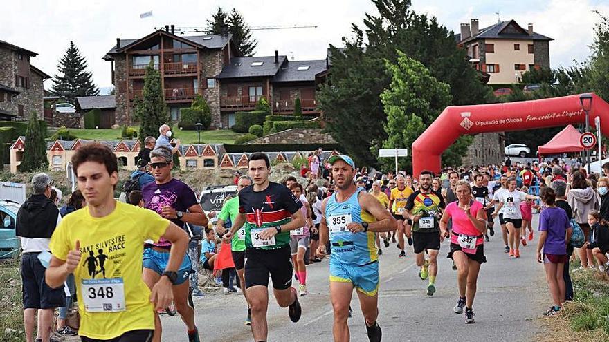 Age celebra la 38a edició de la Cursa Popular amb inscrits de totes les edats