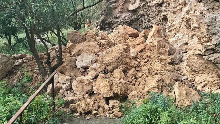 Denuncien tremolors a les cases i despreniments a la zona propera al Capelló