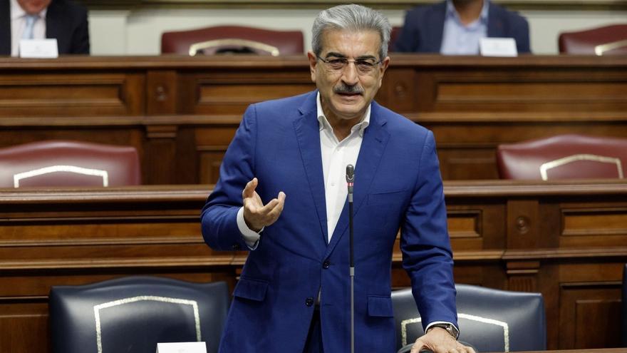 """El Gobierno canario lamenta la tragedia de la patera en Lanzarote y resalta el """"altruismo"""" de los vecinos"""