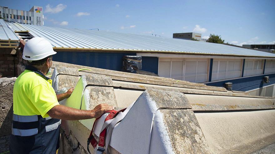 Arrancan las obras para eliminar el amianto de los centros educativos