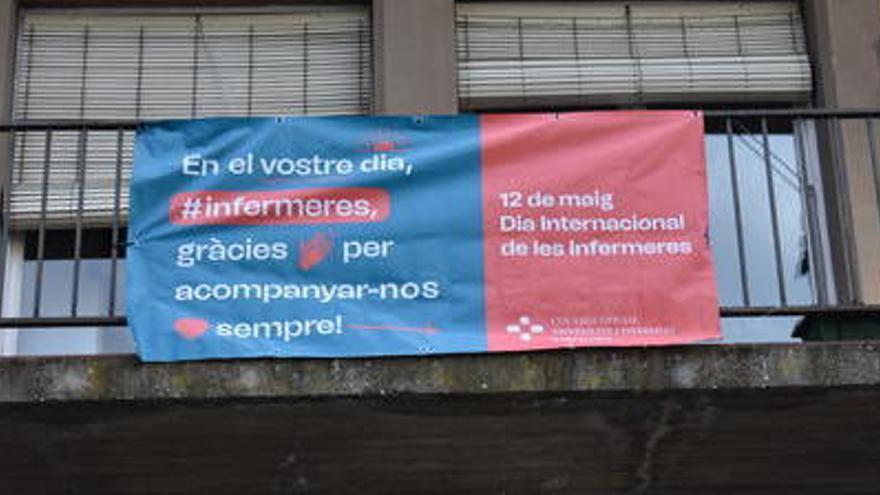 Manresa homenatja el treball de les infermeres contra la covid en el Dia Internacional de la Infermeria